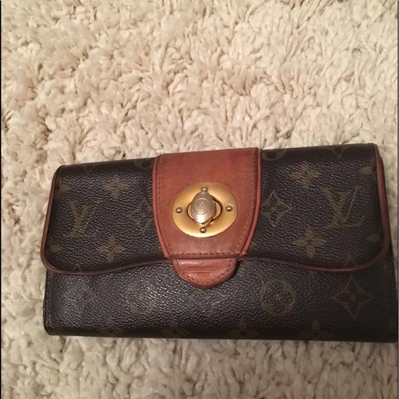 252265f03328 Louis Vuitton Handbags - Authentic Louis Vuitton Boetie monogram Wallet